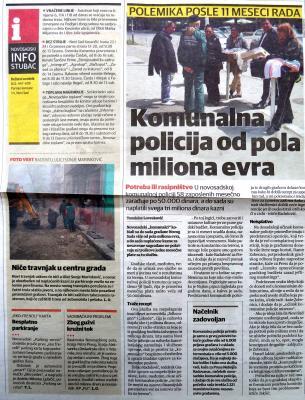 Bild 1: Auf dem Bild ist zu sehen wie Radmila durch Polizei bedroht wird. Sie wird gegen ihre offizielle Genehmigung mit Stra&˜�enverkäufer_innen am Arbeiten gehindert. Das stellt eine besondere Diskriminierung gegen Roma dar. Der Artikel beschäftigt sich mit der Komunalpolizei.